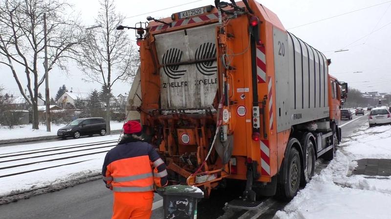 Müllfahrzeug Stadt Karlsruhe leert Mülleimer - Garbage Truck Karlsruhe City