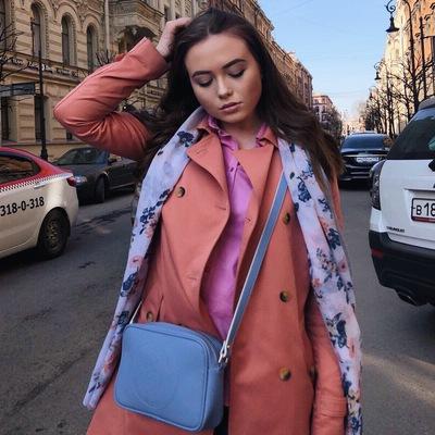 Полина Красильникова