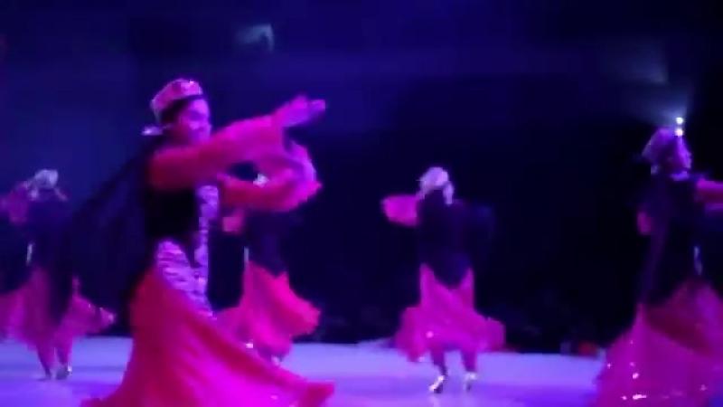 Rustam G_oipov - Davraga tush _ Рустам Гоипов - Даврага туш (concert version).mp4