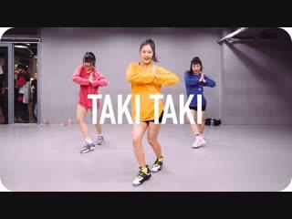 1Million dance studio Taki Taki - DJ Snake (ft. Selena Gomez, Ozuna & Cardi B) / Ara Cho Choreography