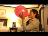 MacVille - Coloured Balloons - One Night in Manila - Blowing and Popping Balloons in the Philippines