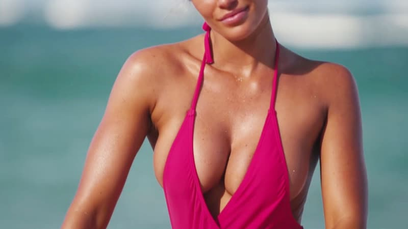 Samantha Hoopes And Her Damn Sexy Body | Sports Illustrated Swimsuit