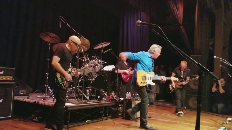 Private Concert - G4 2017 Joe Satriani, Tommy Emmanuel play Stevie's Blues and Johnny B Goode