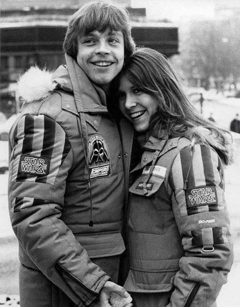 Марк Хэмилл и Кэрри Фишер на съемках 5-го эпизода Звездных войн (Империя наносит ответный удар).