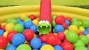 Мультики для детей. Игры Ам Няма бассейн с шариками.