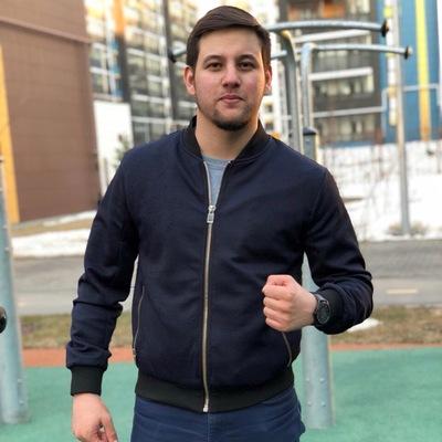 Азат Аширов