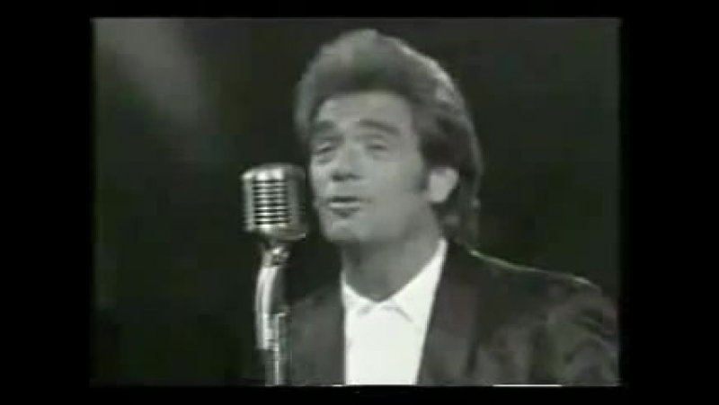 Huey Lewis and The News - LITTLE BITTY PRETTY ONE (live)