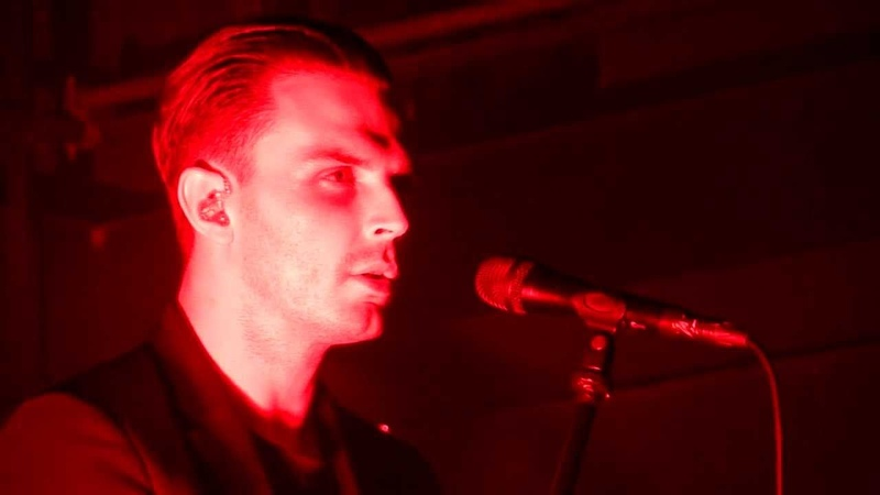 HD - HURTS - The Road (live) @ Arena Wien, Vienna 27.03.2013 Austria