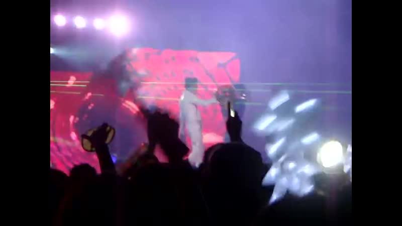 20110625台大張根碩DJ秀2樓環場部分喬段.MPG