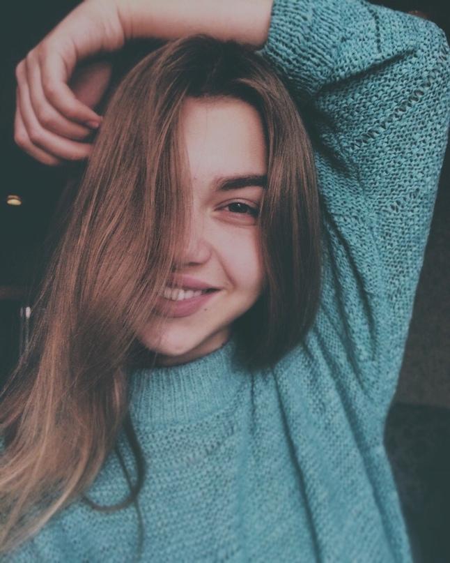 Аня Целуйко |