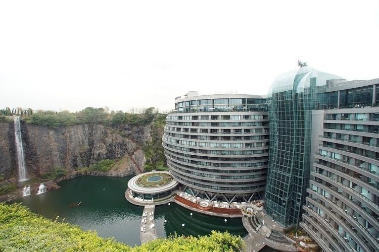 Отель «Рай на воде» в Шанхае, Китай
