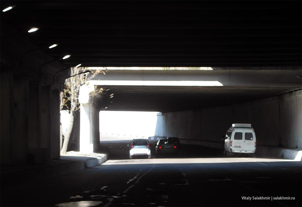 Тоннель по дороге в Ташкенте, Узбекистан 2019