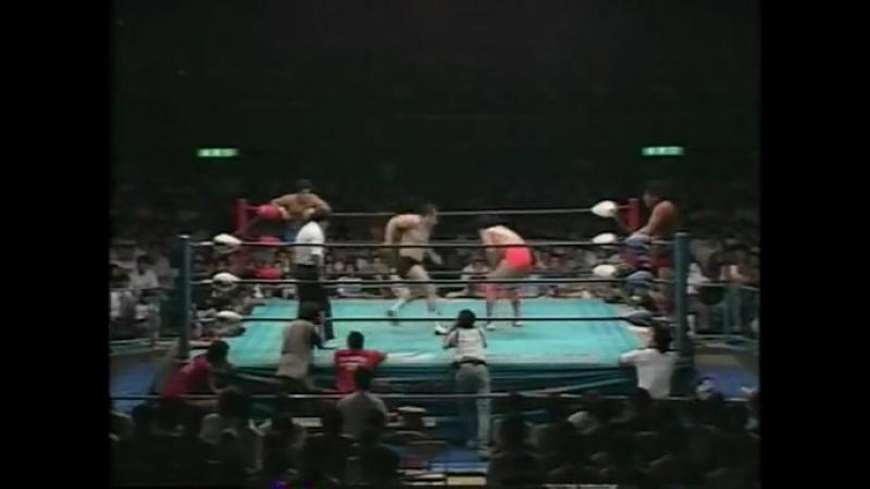 1993.07.28 - Jun Akiyama/Kenta Kobashi/Mitsuharu Misawa/Kikuchi vs. Akira Taue/Masanobu Fuchi/Kawada/Ogawa