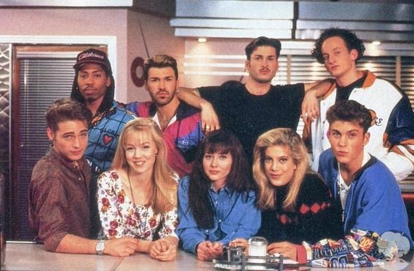 Звезды «Беверли-Хиллз 90210» вернулись!