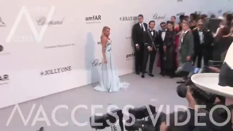 Martha Hunt AlexinaGraham StellaMaxwell Cannes Film Festival май 2019