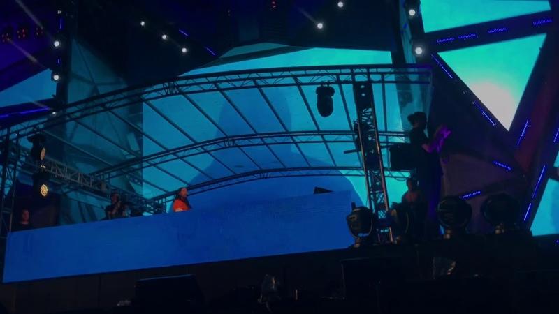 BTS - Mic Drop(Steve Aoki Remix)Ft Desiigner (Live at DWP 2017)