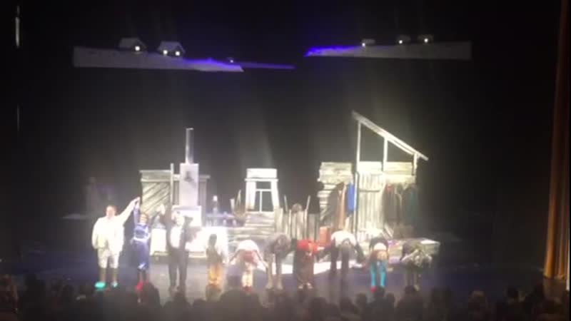 Народная комедия Шутки в глухомани на сцене Челябинского театра драмы им. Н. Орлова