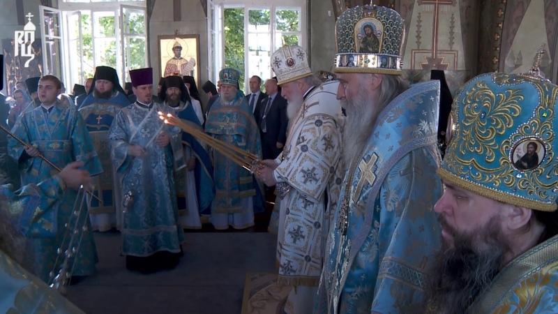 Патриарх Кирилл совершил Литургию в Богородице Рождественском монастыре