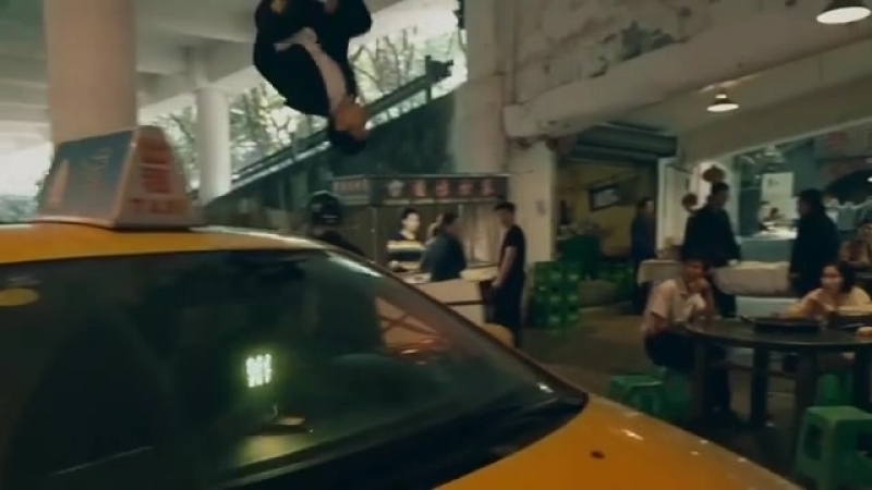 A surprise phone call leads a parkour champion on a frantic dash across the chaotic streets of Chongqing. And the DJI RoninS k