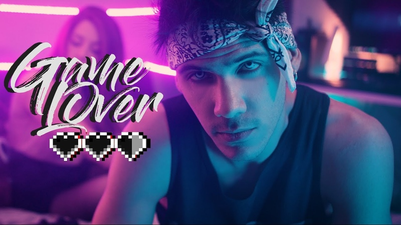 GAME (L)OVER ❤❤❤   KRONNO ZOMBER   ( Videoclip Oficial )