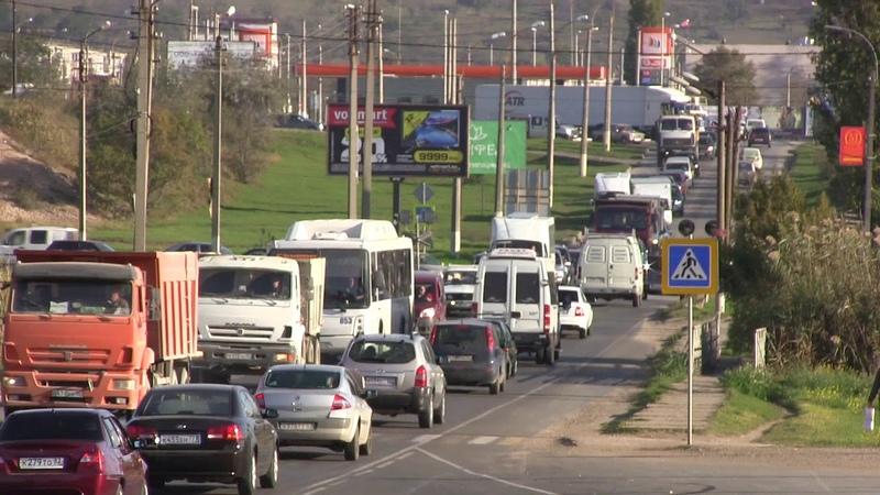 Опять пробки Аршинцево-Центр.Эстакада автоподхода Керчь.