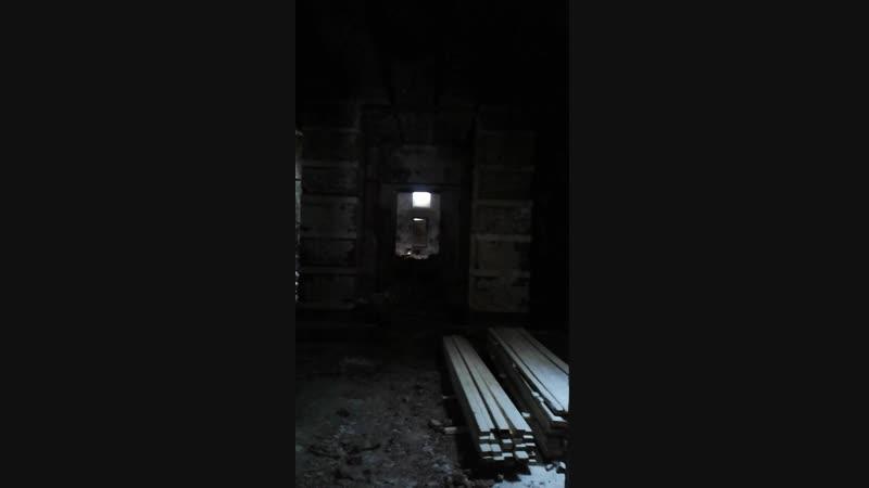 Проход между храмом и трапезной