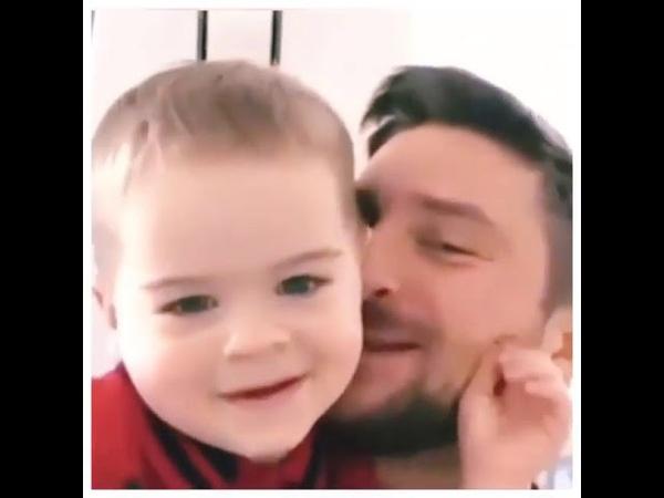 Сын Сергея Лазарева Никита поздравил папу с днем рождения