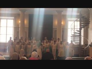 Конкурс в рамках Хоровой Ассамблеи. Гран-при в двух номинациях: Детский хор и Духовная музыка.