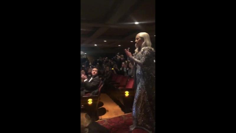 Леди Гага на премьере «Звезда родилась» в лос-анджелесском «The Shrine Auditorium» (24.09.2018)