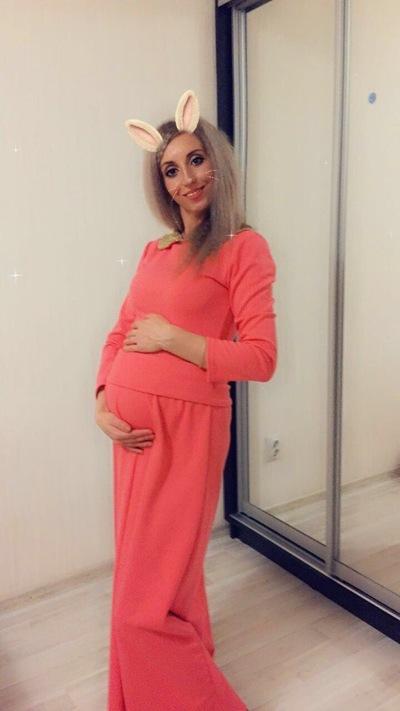 Алена Milashka