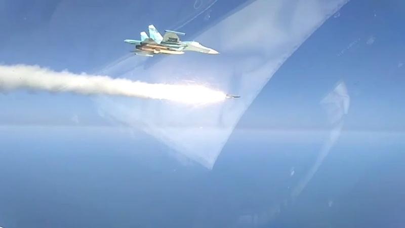 Су-34 пускает ПКР Х-31А по морской цели на Каспии