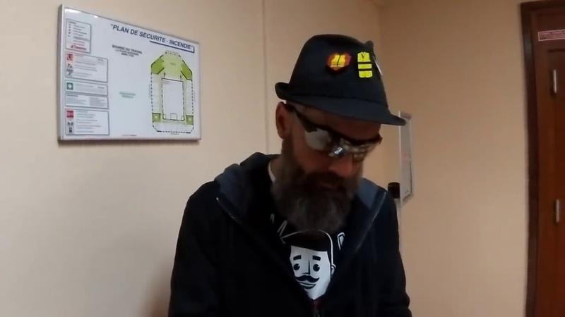 Vendeur de pins Jérôme Rodrigues répond à Saber Solo et aux autres