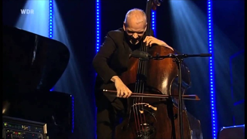 Lars Danielsson Trio - FOLLOW MY BACKLIGHTS