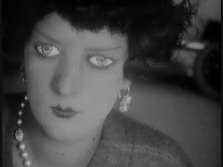 Оставь меня в покое / Эмак Бакия / Emak Bakia (1926) Ман Рэй