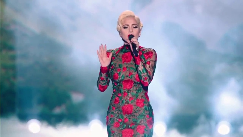 Lady Gaga - Million Reasons (Live from the Victoria's Secret 2016 Fashion Show)