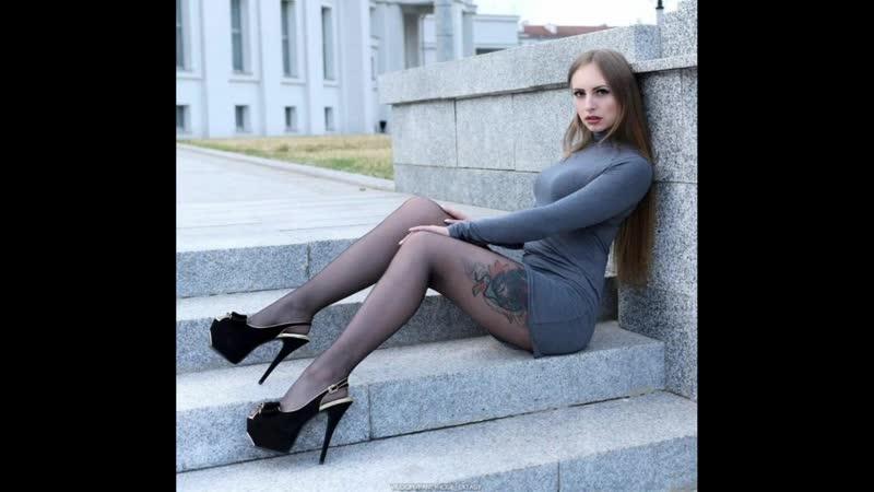 Girls in stockings and pantyhose Девушки в чулках и колготках 418