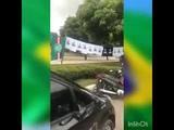 CAMISA DE JAIR BOLSONARO VENDENDO MAIS DO QUE BANDEIRAS DO REMO E PAYSANDU EM BEL