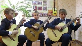 """В контакте с гитарой ансамбль """"Серебряные струны"""""""