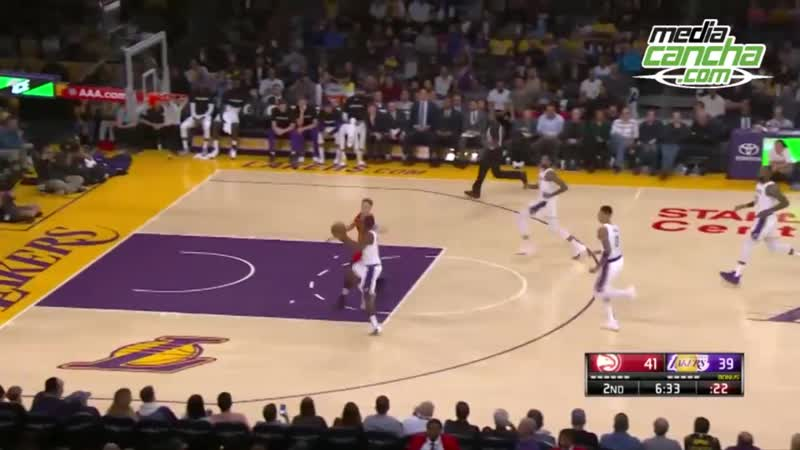 Lakers vence de forma dramática 107-106 a Hawks en jornada dominical NBA