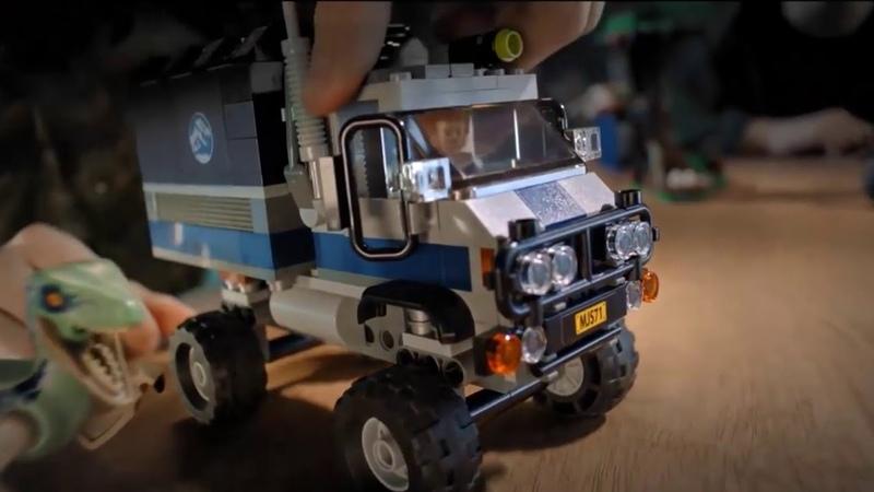 Lego Jurassic World:Fallen Kingdom-Commercial