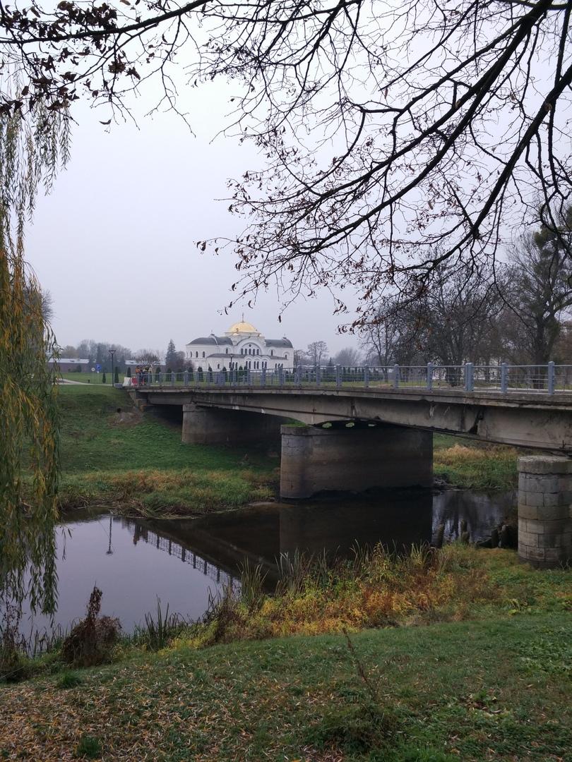 Началась реконструкция моста на Кобринском укреплении Брестской крепости