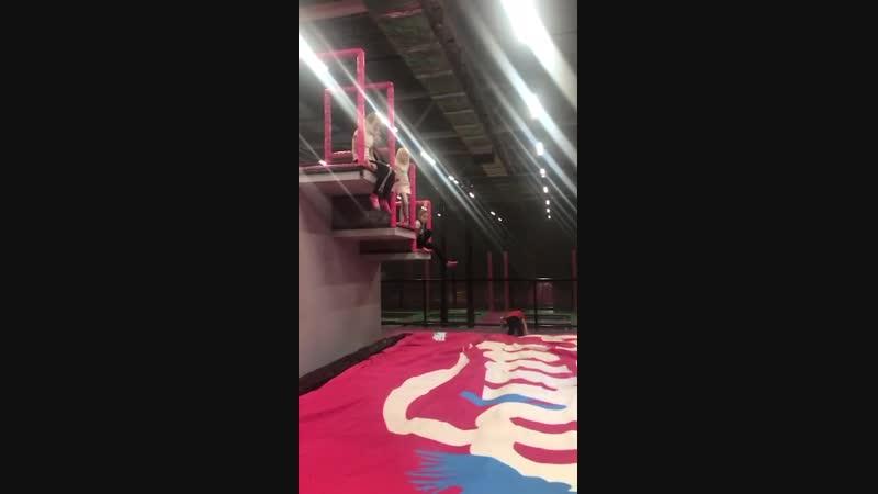 прыжки с лесенки(Маша, Аня, Саша). Драйвики в pro jump, 21.11.18