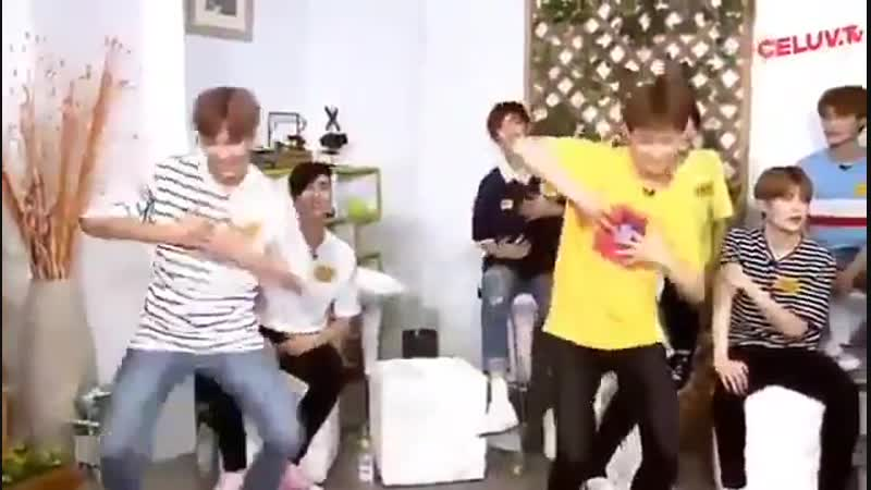 Марк и Хэчан исполнили танец к 'Love Me Right'
