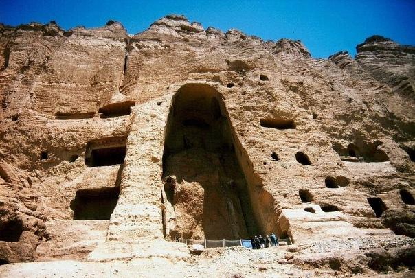 Бамианские статуи Будды, которых мир лишился навсегда