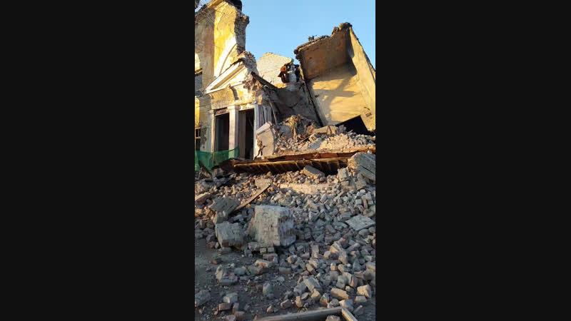 С места взрыва дома офицеров, что получилось