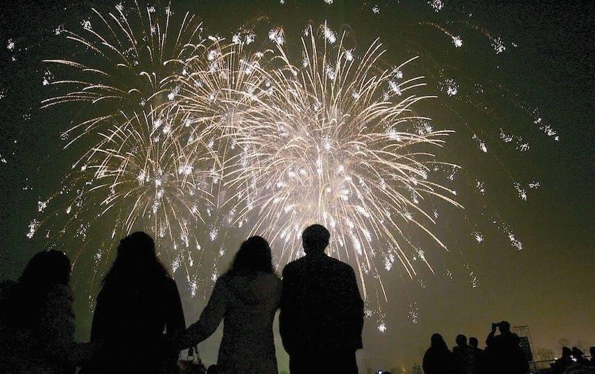 В Савеловском праздничные фейерверки запустят в парке Дружбы