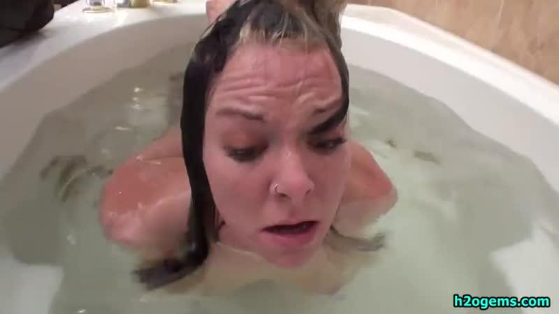 Girl Nude Bound Drowned - Bathtub Shower Deaths