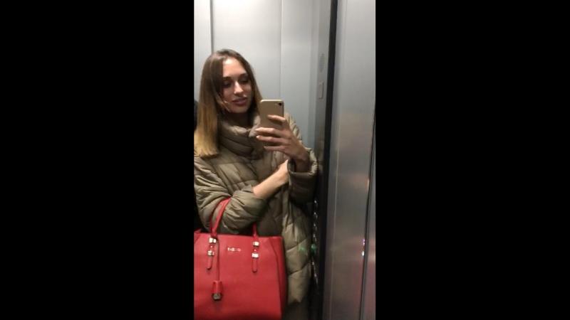 Elevator trouble🙈
