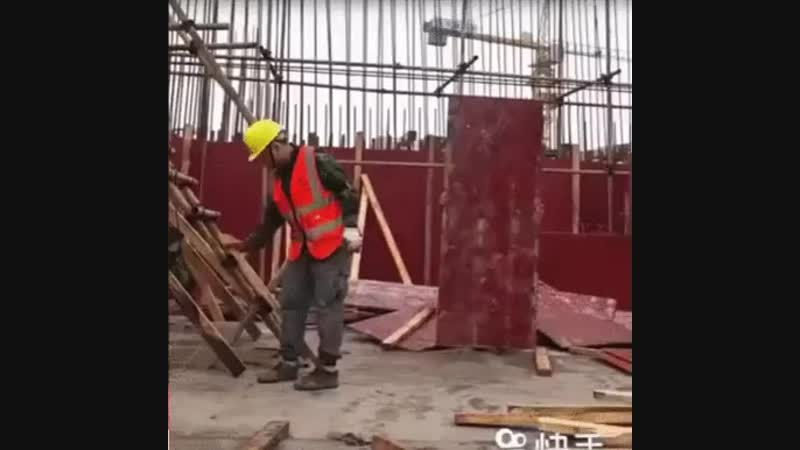 Такой талант на стройке пропадает