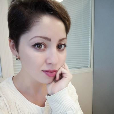 Алина Деркач